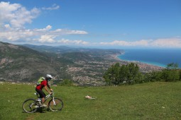 ITALY: FINALE LIGURE MINI-BREAK